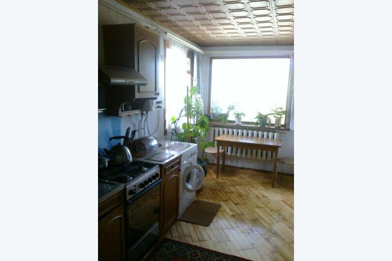 """Гостевой дом """"На переулке Батурина 12"""", переулок Батурина, 12 на 3 комнаты - Фотография 13"""