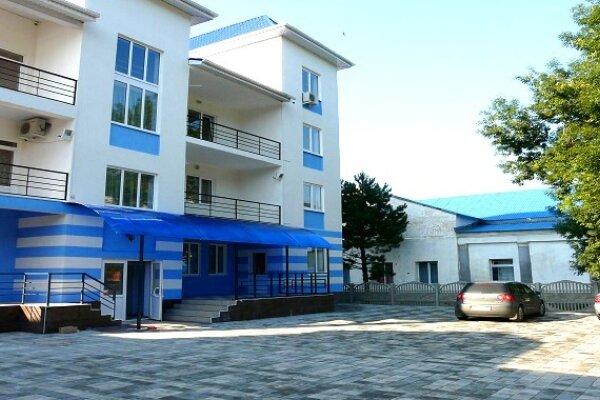 Отель, Черное море., улица Мира, 64А на 14 номеров - Фотография 1