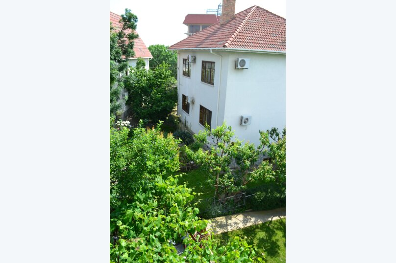 Гостевой дом на Лучистой, Лучистая, 18 на 8 комнат - Фотография 4
