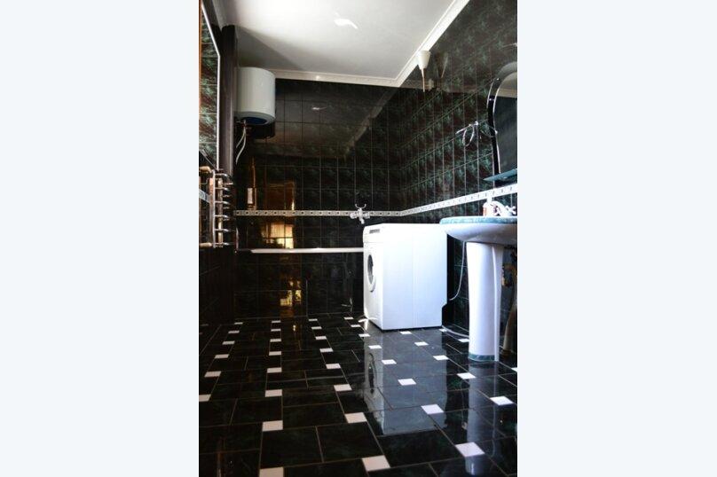 Гостевой дом на Лучистой, Лучистая, 18 на 8 комнат - Фотография 27