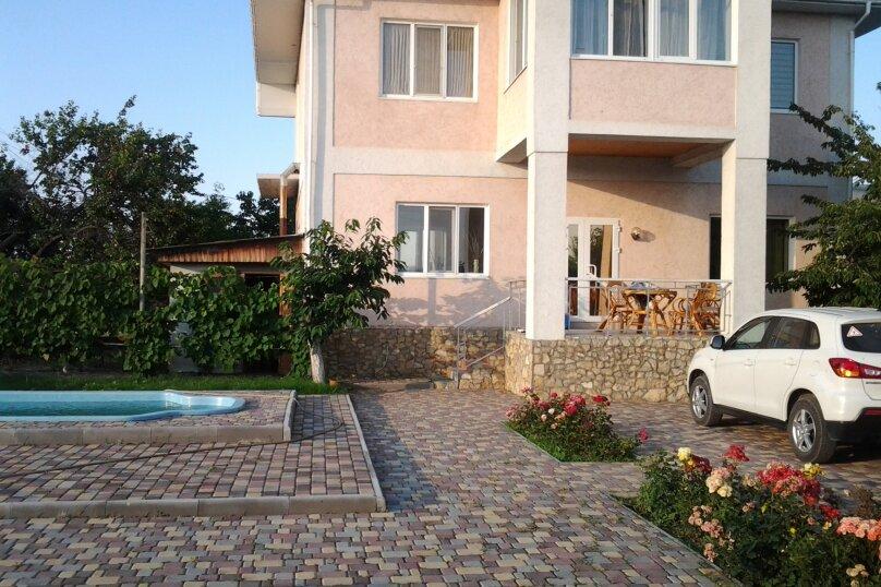 Шикарный большой дом, 250 кв.м. на 10 человек, 4 спальни, Станционная улица, 2, Феодосия - Фотография 2