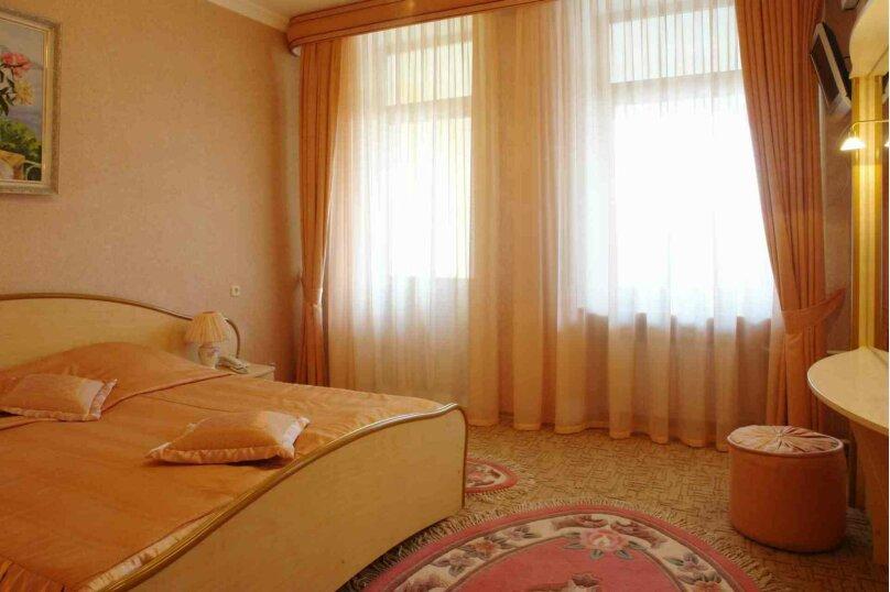 Отдельная комната, улица Чехова, 8, Ялта - Фотография 1