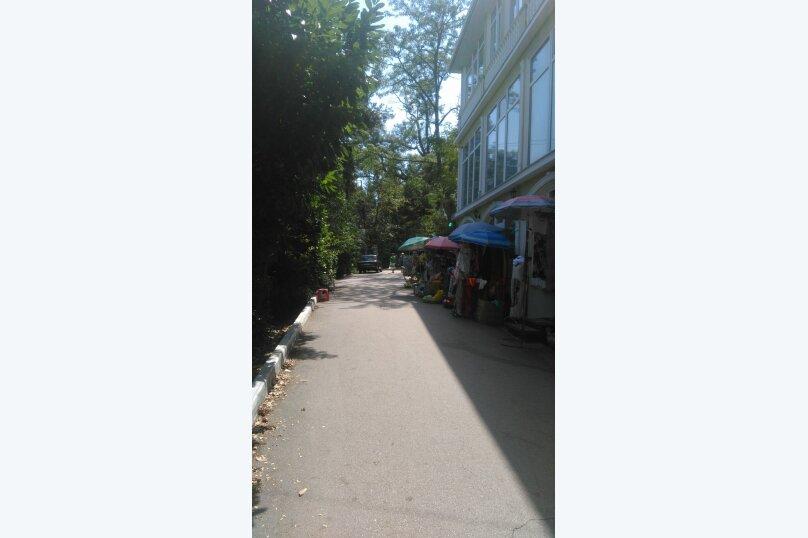 """Гостевой дом """"На переулке Батурина 12"""", переулок Батурина, 12 на 3 комнаты - Фотография 1"""