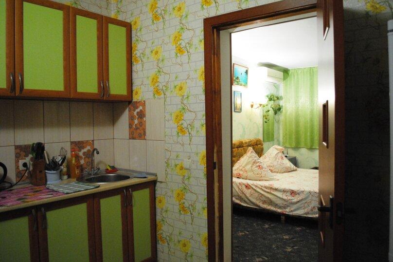 Дом, 1 кв.м. на 5 человек, 2 спальни, улица Ивана Франко, 16, Евпатория - Фотография 15
