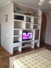 1-комн. квартира, 32 кв.м. на 3 человека, улица Гоголя, 20-а, Севастополь - Фотография 2