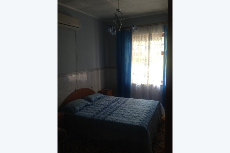 Дом у моря, 200 кв.м. на 10 человек, 5 спален, Заречный переулок, 4, Коктебель - Фотография 12