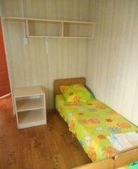 Домик 2, аналогичный домику 1, 20 кв.м. на 4 человека, 4 спальни, Чапаева, Должанская - Фотография 4