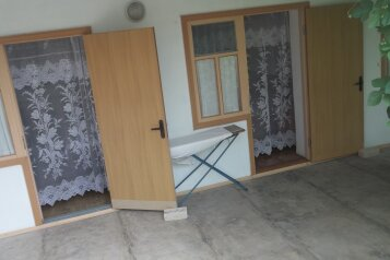 Гостевой дом в Черноморском, Почтовая улица на 10 номеров - Фотография 2