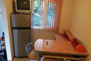 Дом, 40 кв.м. на 4 человека, 2 спальни, Маратовская улица, 14, Гаспра - Фотография 4