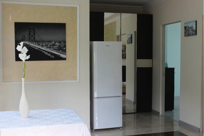 Люкс двухкомнатный, улица Мориса Тореза, 3, Ялта - Фотография 1