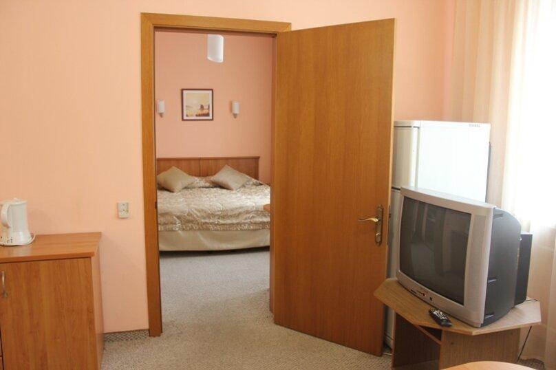 Гостиница 679708, улица Сурикова, 13 на 94 номера - Фотография 13