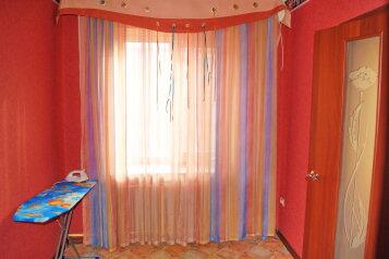 2-комн. квартира, 54 кв.м. на 5 человек, Комсомольский проспект, 24, Ленинский район, Пермь - Фотография 4