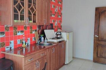 Дом, 30 кв.м. на 4 человека, 1 спальня, улица Рылеева, 30, Евпатория - Фотография 3