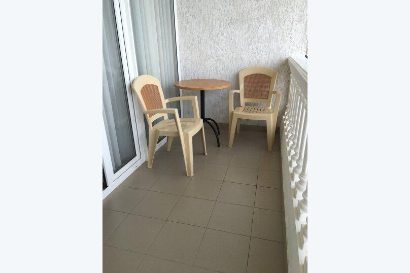 Номер с балконом и видом на море (3 этаж), улица Гагариной, 273, Утес - Фотография 5