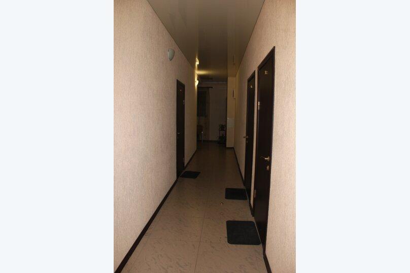 """Гостевой дом """"Марина"""", улица Просвещения, 158Б на 8 комнат - Фотография 2"""