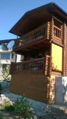 Дом из сруба, 50 кв.м. на 3 человека, 1 спальня, Кипарисная, Береговое (Кастрополь), Ялта - Фотография 1