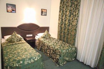 Эконом двухместный:  Номер, Эконом, 2-местный (1 основной + 1 доп), 1-комнатный, Отель , Краснознаменская улица на 62 номера - Фотография 2