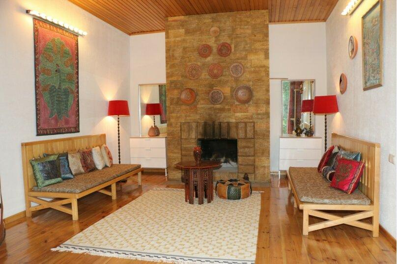 Дом, 120 кв.м. на 6 человек, 2 спальни, Винодела Егорова, 50, Массандра, Ялта - Фотография 1