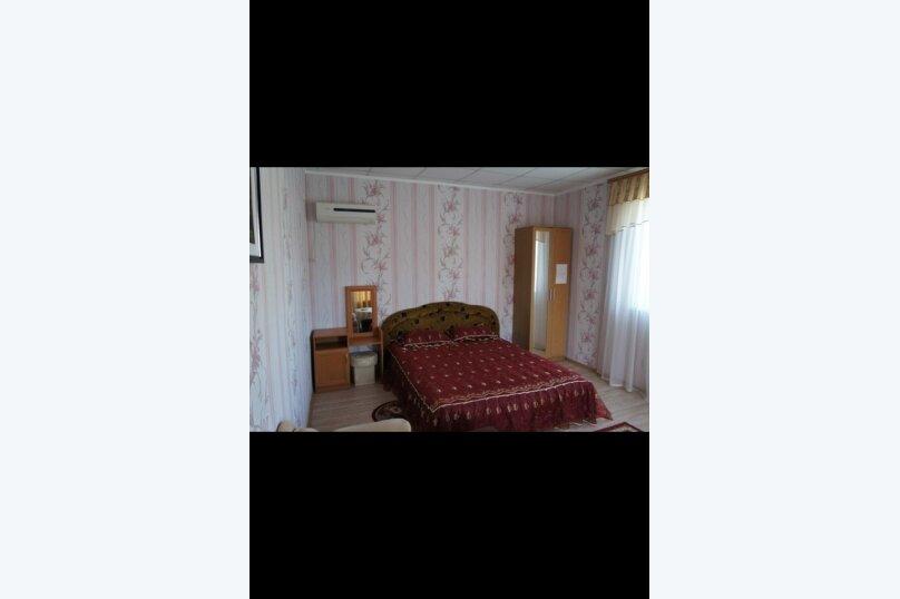 Гостевой дом  У Тимура , улица Мусы Мамута, 15 на 13 комнат - Фотография 7