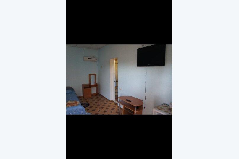 Гостевой дом  У Тимура , улица Мусы Мамута, 15 на 13 комнат - Фотография 9