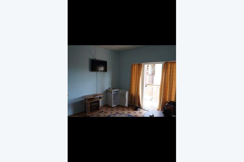 Гостевой дом  У Тимура , улица Мусы Мамута, 15 на 13 комнат - Фотография 10