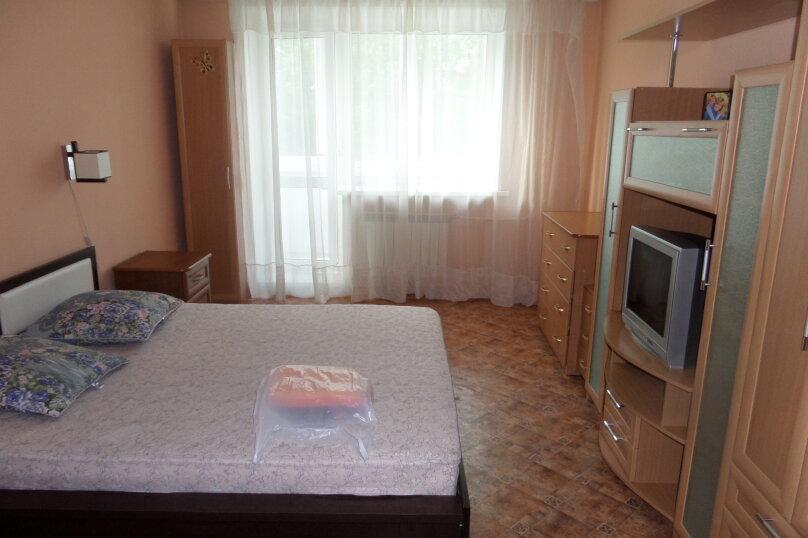 1-комн. квартира, 35 кв.м. на 2 человека, улица Ленина, 28, Красноярск - Фотография 13