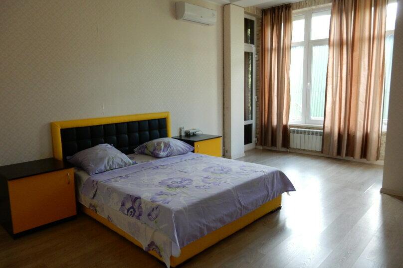 Дом, 350 кв.м. на 15 человек, 7 спален, Севастопольская, 4, Ялта - Фотография 31