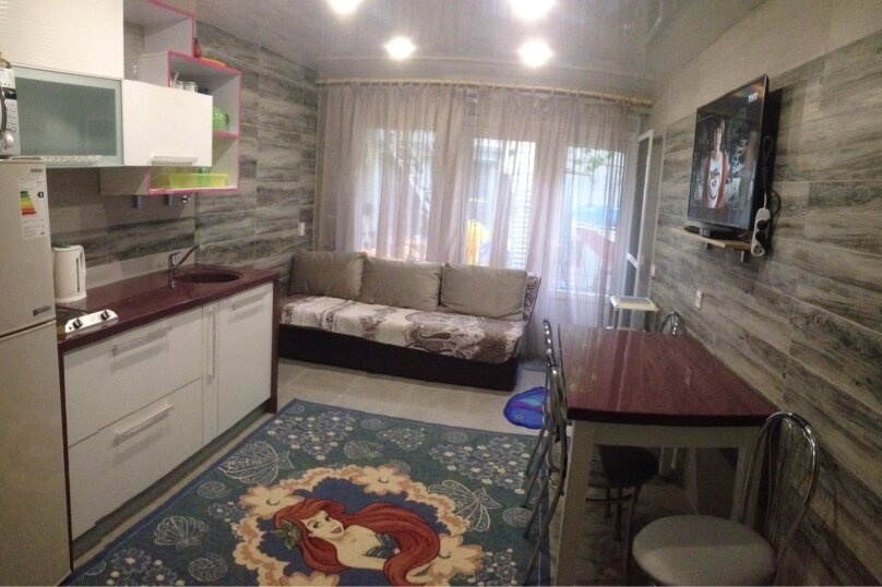 Эллинг, 45 кв.м. на 6 человек, 1 спальня, Курортная, 8, Дивноморское - Фотография 1
