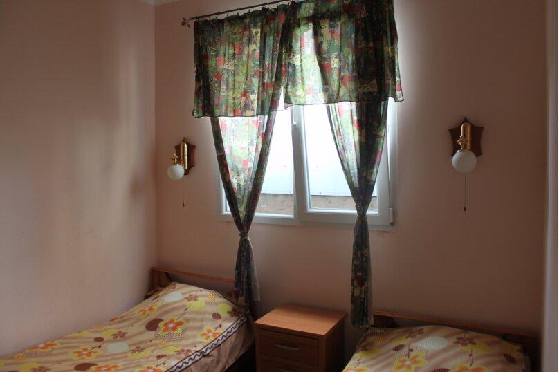 """Гостевой дом """"На Южной 24"""", Южная улица, 24-А на 4 комнаты - Фотография 32"""