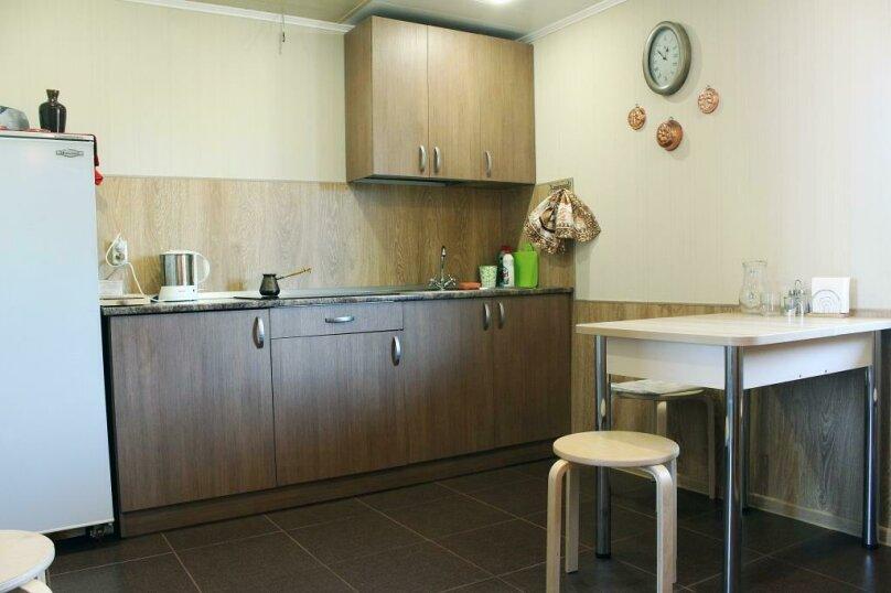 Гостевой дом , 50 кв.м. на 5 человек, 2 спальни, Центральная, 15-б, Олонец - Фотография 2