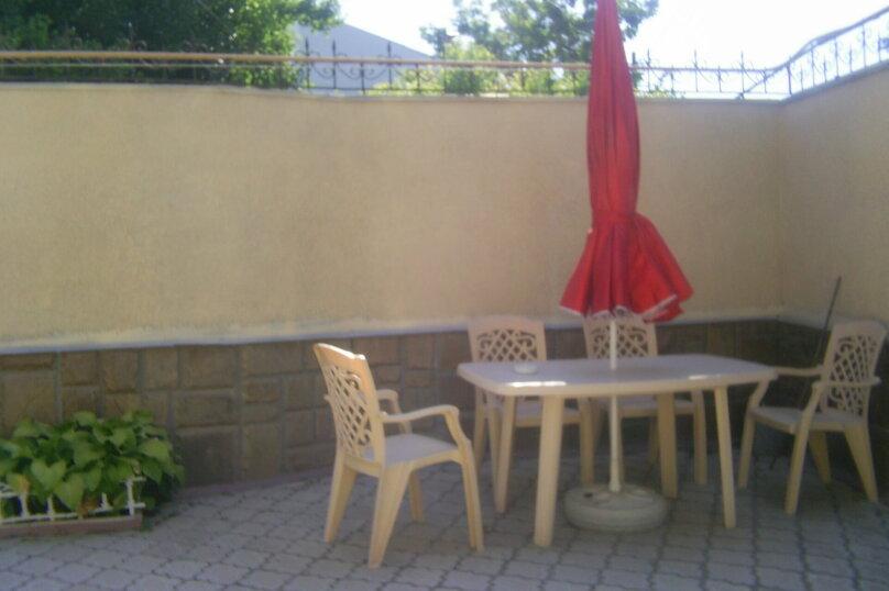 Дом, 100 кв.м. на 5 человек, 3 спальни, улица 13 Ноября, 4, Евпатория - Фотография 2