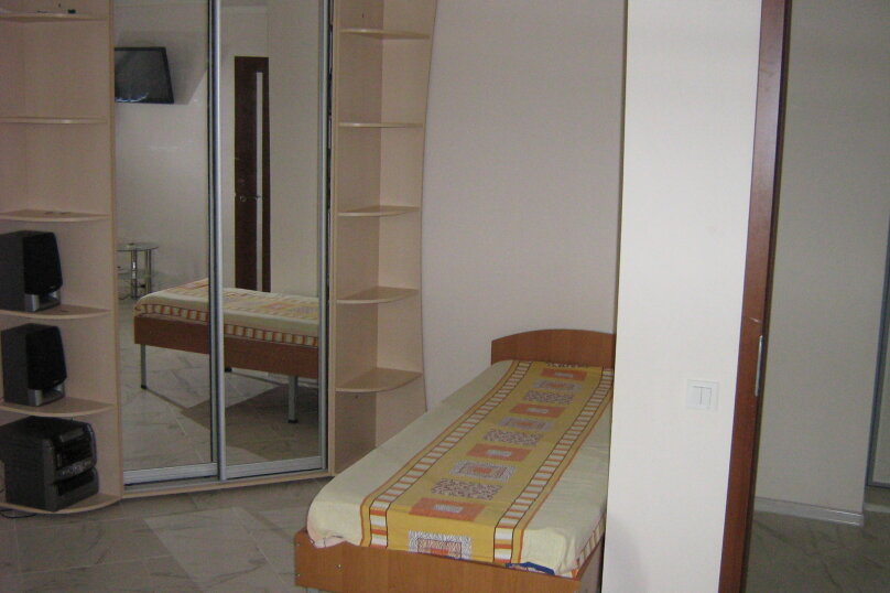 1-комн. квартира, 39 кв.м. на 4 человека, улица Дёмышева, 115, Евпатория - Фотография 2