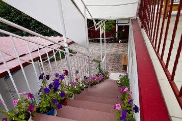 Гостевой дом, улица Островского на 5 номеров - Фотография 2