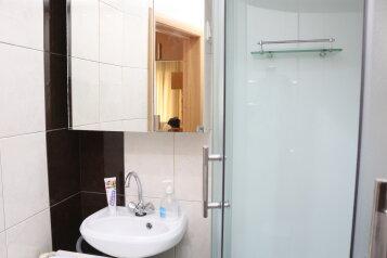 1-комн. квартира на 4 человека, улица Анри Барбюса, 32, Астрахань - Фотография 2