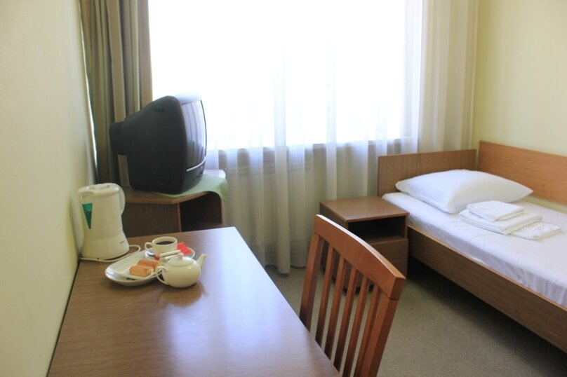 Гостиница 679708, улица Сурикова, 13 на 94 номера - Фотография 5
