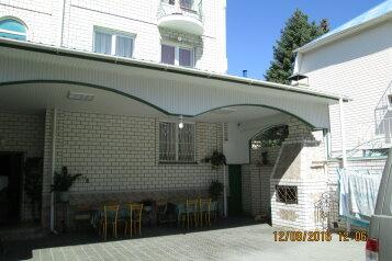 Гостевой дом , улица Самбурова на 13 номеров - Фотография 2