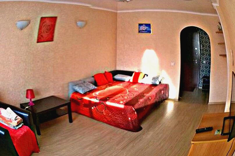 1-комн. квартира на 2 человека, проспект Комарова, 21, Омск - Фотография 1