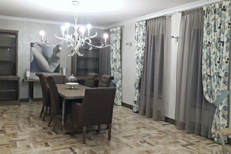 Дом, 762 кв.м. на 18 человек, 7 спален, дер. Бузланово, Живописная улица, 31, Красногорск - Фотография 3