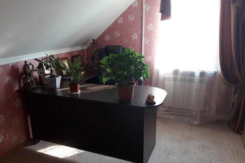 Дом, 170 кв.м. на 20 человек, 4 спальни, улица Урицкого, 36, Ростов - Фотография 12
