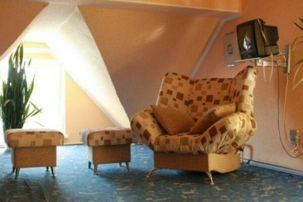 Коттедж Заделка, 160 кв.м. на 10 человек, 3 спальни, Северная улица, 45, Самара - Фотография 1