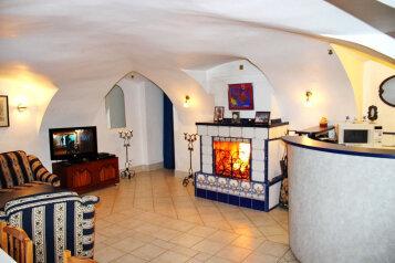 Купеческий дом - памятник архитектуры 19 века, 64 кв.м. на 6 человек, 1 спальня, улица Некрасова, Ростов - Фотография 2