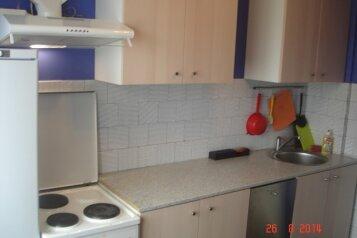 2-комн. квартира, 54 кв.м. на 5 человек, Ленинградская, 23, Кировск - Фотография 2