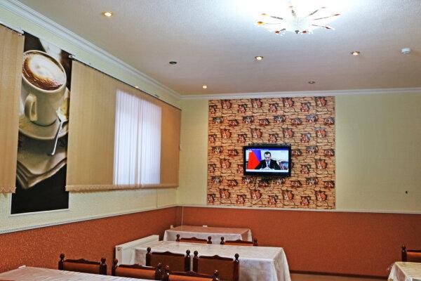 Гостиница, Тебердинская, 15 на 14 номеров - Фотография 1