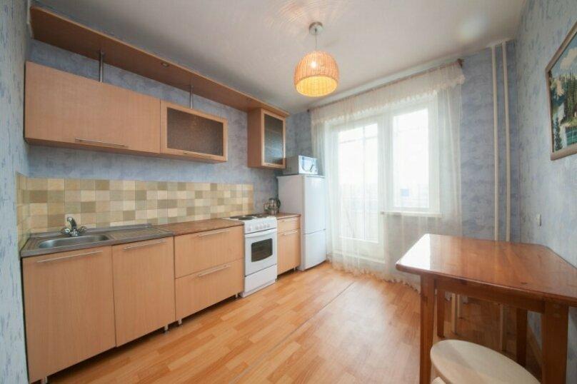 1-комн. квартира, 37 кв.м. на 3 человека, улица 78 Добровольческой Бригады, 21, Красноярск - Фотография 5