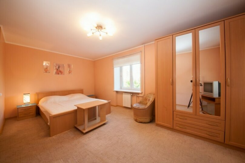 1-комн. квартира, 34 кв.м. на 2 человека, улица Ады Лебедевой, 91, Красноярск - Фотография 1