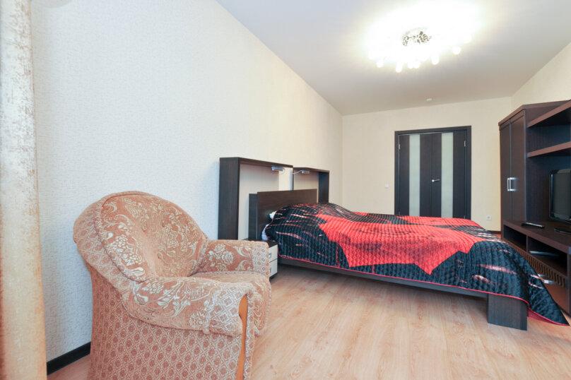 1-комн. квартира, 76 кв.м., улица Бажова, 68, Екатеринбург - Фотография 2
