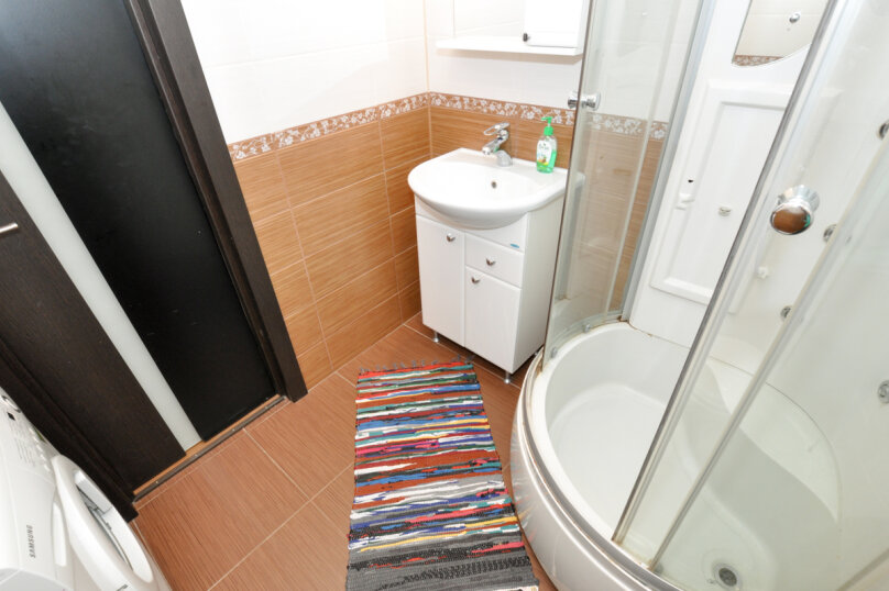 1-комн. квартира, 76 кв.м., улица Бажова, 68, Екатеринбург - Фотография 15