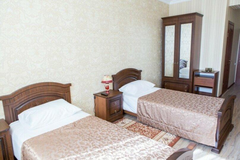 Стандарт с двумя раздельными кроватями, Анджиевского , 24, Ессентуки - Фотография 1