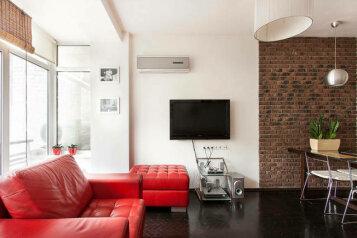 2-комн. квартира, 55 кв.м. на 4 человека, Большая Васильковская улица, 54, Киев - Фотография 1