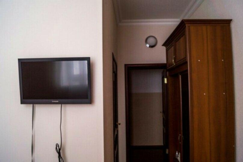 """Отель """"На Балкарской 33А"""", Балкарская улица, 33А на 21 номер - Фотография 18"""